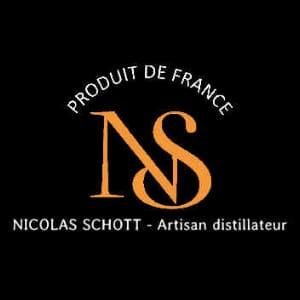 nicolas-schott-distilateur